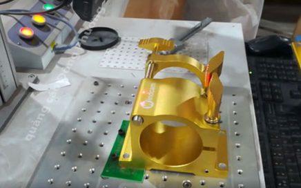 Khắc laser trên kim loại - chính xác- nhanh chóng - giá rẻ