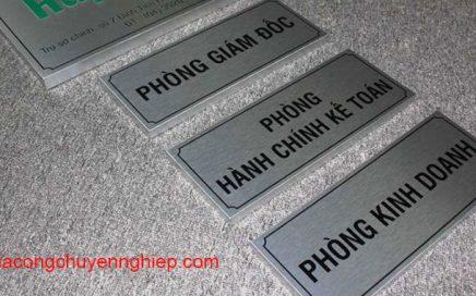 Biển bảng inox xước ăn mòn giá rẻ tại Hà Nội - uy tín
