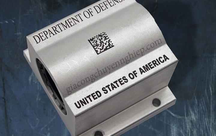 Khắc laser mã vạch - Công nghệ khắc trên mọi chất liệu-03