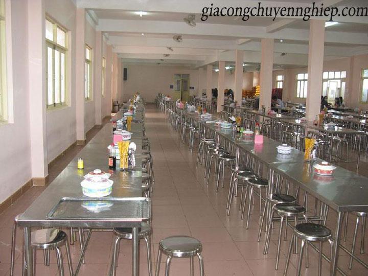 Thông dụng với bàn ăn inox tại quán ăn, nhà ăn tập thể 06