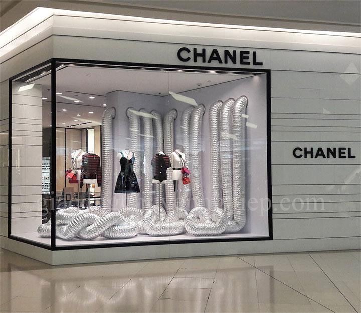 Top biển quảng cáo thương hiệu thời trang nổi tiếng-12