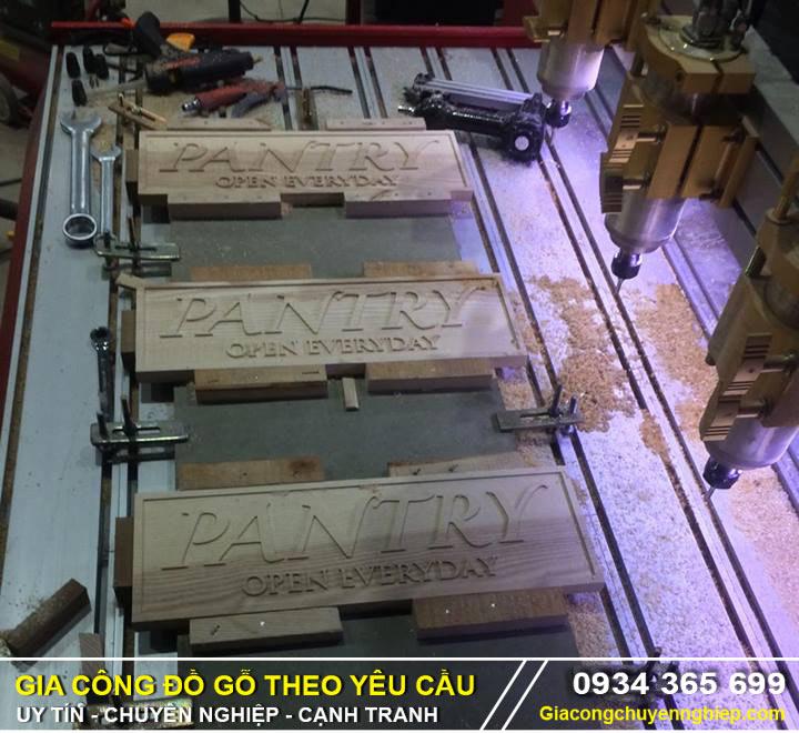 Cắt CNC bảng biển quảng cáo: cắt CNC mica, alu, fomex, nhựa,....-01