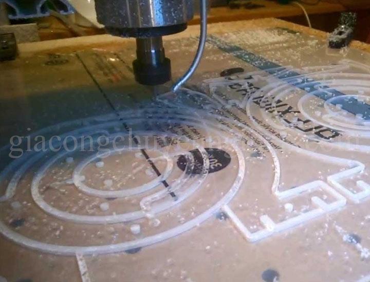Cắt CNC bảng biển quảng cáo: cắt CNC mica, alu, fomex, nhựa,....-12