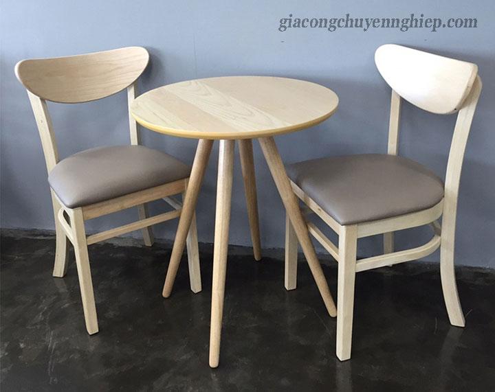 Bàn ghế gỗ cho quán cafe cóc - Giải pháp siêu tích kiệm không gian 04