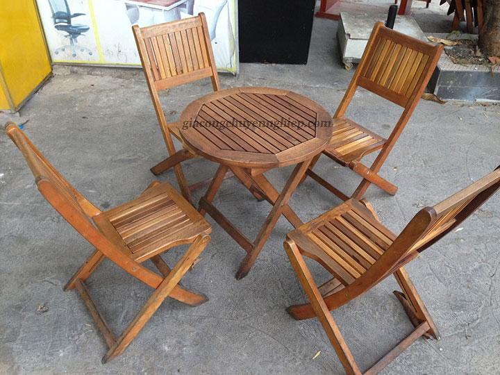 Bàn ghế gỗ cho quán cafe cóc - Giải pháp siêu tích kiệm không gian 05