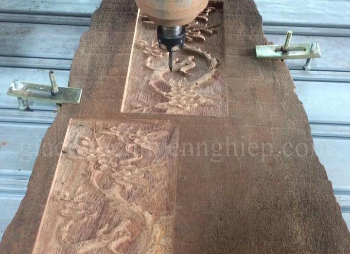 Khắc gỗ CNC tại Đồng Nai - Gia công chuyên nghiệp, uy tín-04