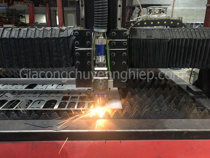 Gia công cơ khí chính xác tại Hà Nội - Cắt khắc Laser theo yêu cầu.-2