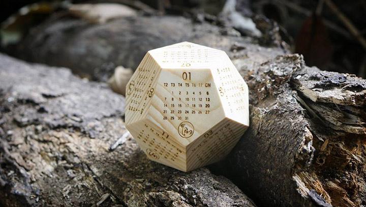 [HOT] Lịch gỗ để bàn, gia công lịch gỗ để bàn 12 mặt tphcm giá rẻ.-2