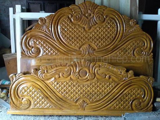 Mẫu giường gỗ chạm khắc, đầu giường đục máy cnc đẹp, sang trọng.-3